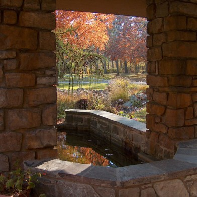 Graycliff-Fountain-Autumn-IL-Med-High-Res-HPIM21410.jpg