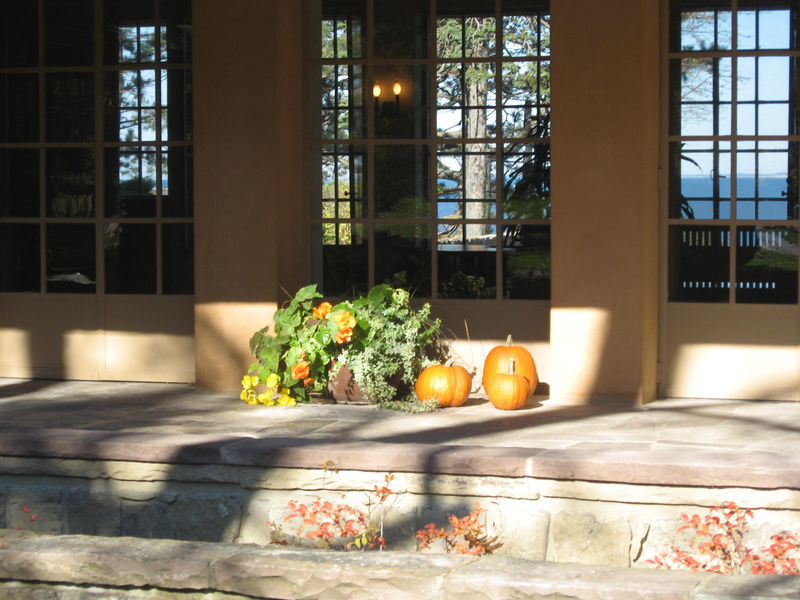 Isabelle-Martin-House-Autumn-2011-RH0.jpg