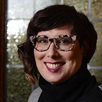 Erin Habes headshot