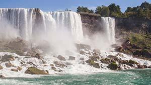 preview-NiagaraFalls-RheaAnna