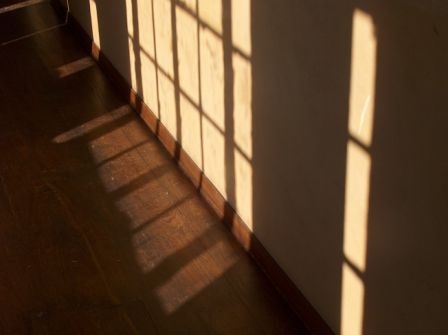 Shadows-in-ISabelle-R.-Martin-House-Graycliff-08-TG0.JPG