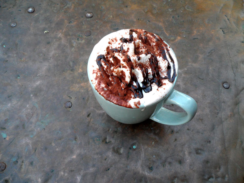 caffe-aroma-hot-chocolate