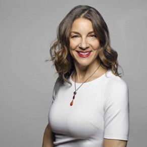 Jana Eisenberg headshot