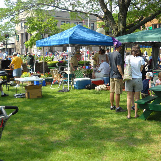 Arts And Crafts Farmers Market Near Me
