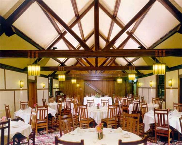Roycroft Inn