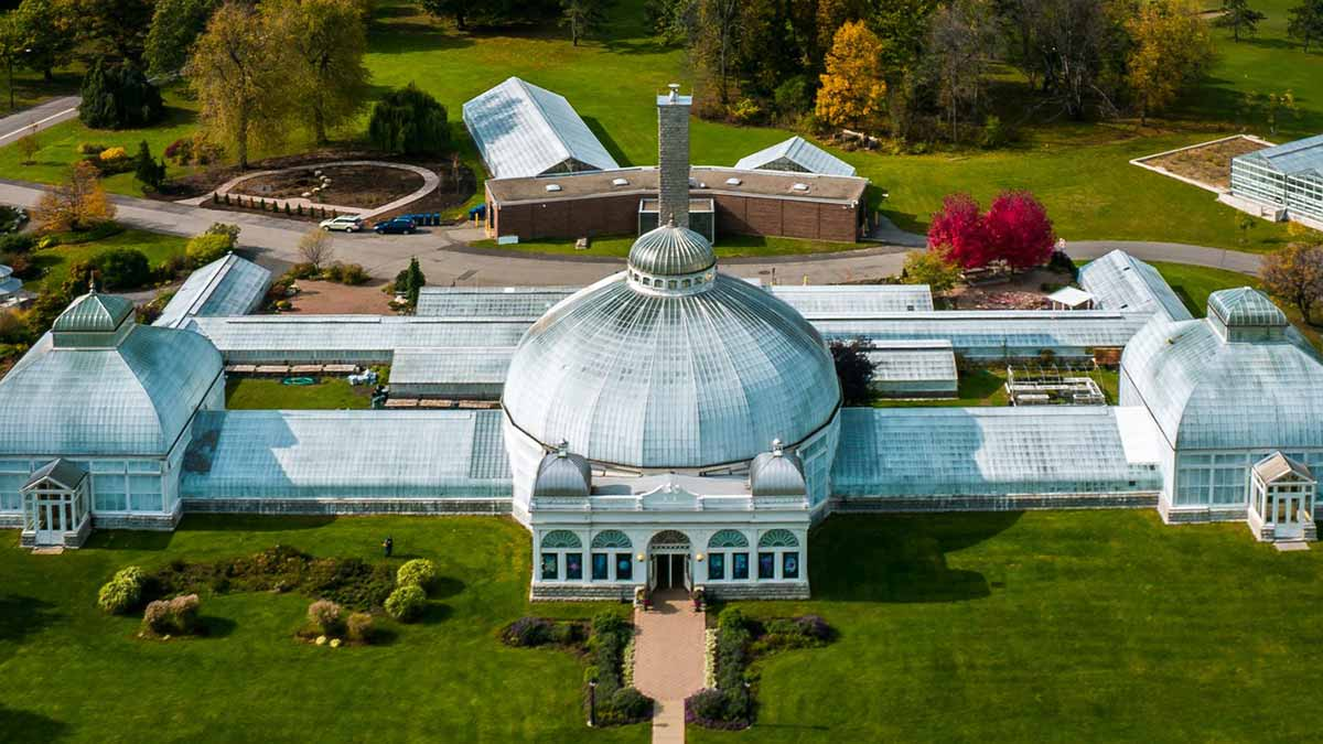 The tri-domed conservatory