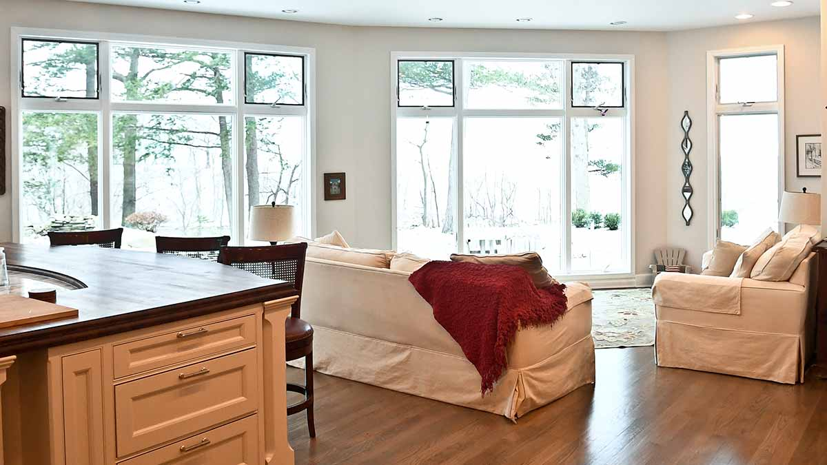 Room at the Luxury on the Lake AirBNB