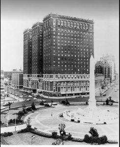 Niagara Square in 1970