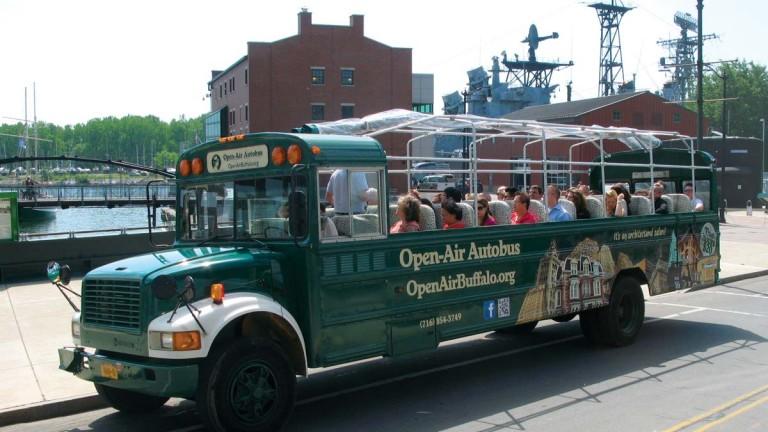 Open air autobus